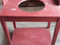 Spalator din lemn vechi