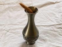 Vaza din metal inoxidabil design deosebit inaltimea 18 cm