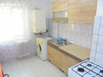 Apartament 3 camere semidecomandat in Deva, zona Muncii