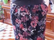 Rochie aspect de catifea, cu buzunare, noua, mărimea 38