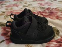 Adidasi Nike copiii