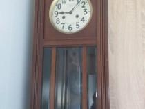 Ceas cu pendula anul 1930