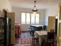 Apartament 3 camere in Centru, 126 mp, zona Teatrul National
