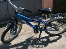 Bicicleta Bergamont cu furca RST