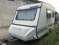Rulota/caravana ușoară  recent adusă.