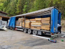 Tir de geamuri lemn masiv