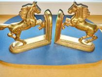 C816-2 Statuiete Cai-Semne de Carte alama masiva aurita.