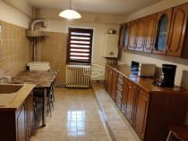 Apartament 3 camere zona Grivita, parter
