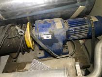 Motor lift troliu palan reductor