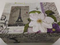 Cutie de carton model Paris floare alba 16 cm