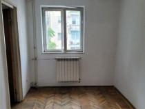 Apartament 2 camere semidecomandat Traian