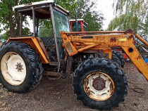 Tractor Renault 851.4, 85 CP cu încărcător 4x4