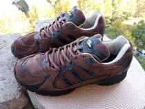 Adidasi piele Adidas Torsion, mar 42⅔ UK 8½ (26.5 cm)