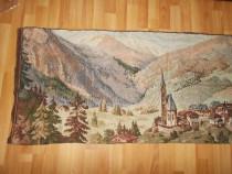 Carpeta de colectie, cu dimensiunea de 70 cm/ 172 cm(nr 34tr