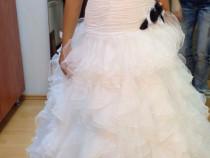 Rochie mireasa alb-negru