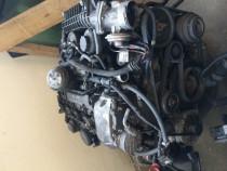 Motor Mercedes e200