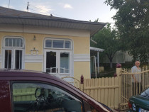 Casa plus teren pe strada Melchisedec nr 15