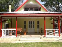 Cazare Casa ALEX -  Slanic Moldova