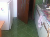 Închiriez apartament 2 camere militari