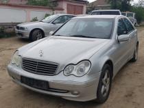 Dezmembrez Mercedes W203 C240 c classe