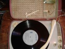 Pick up vechi din 1963 + 10 placi