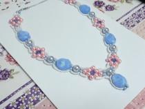 Colier handmade albastru roz alb