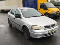 Far dreapta Opel Astra G cod motor z16se