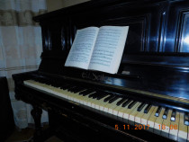 Pianina marca Ed. Seiler
