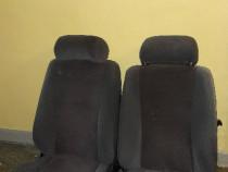 Oltcit scaune sofer si pasager