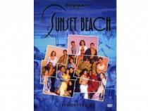 Serialul Sunset Beach pe stick usb