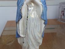 Figurina din portelan