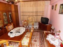 Apartament cu 4 camere decomandate in Valea Aurie