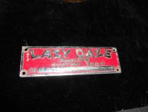 Emblema metal Lazy Daze Pomona Calif
