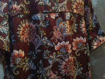 Bluza asimetrica motiv floral
