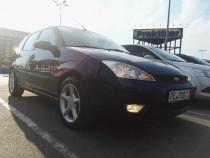 Ford focus hatchback 1.6 benzina