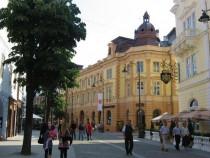 Spatiu com. Hotel Imparatul Romanilor N.Balcescu-Xenopol