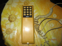 Canada,telefon fix,perfect functional,led rosu=in use,redial