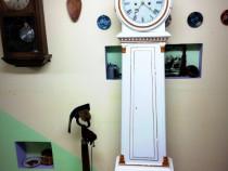 Ceas,pendul de podea gustavian mora anii 1800