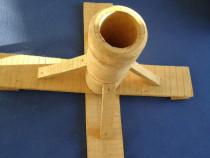 Suport de brad din lemn