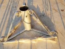 Suport solid argintiu pentru brad mare