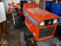 Execut lucrări agricole cu tractoras,arat,prasit,frezat