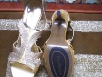 Pantofi cu toc Mayflower