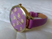Ceas de mană pentru femei cadran cu inimioare culoare mov