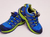 Adidași, ghete, pantofi sport SALOMON Waterproof, mărimea 33