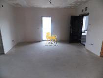 Apartament nemobilat decomandat 3 camere etaj 1 de 52 mp