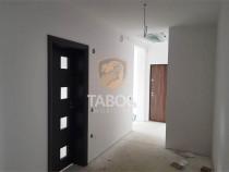 Apartament etaj 3 nemobilat decomandat in Calea Cisnadiei