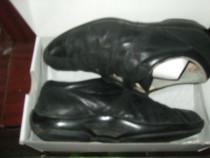 Pantofi sport din piele Samsonite nr.43.