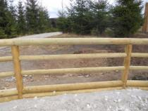 Gard lemn din barne de pin pentru manejuri cai pe comanda