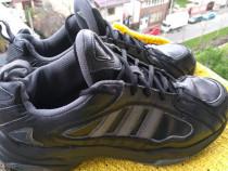Adidasi Adidas mar 43.5- 44 fr(27.5 cm).