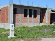 Casa in rosu zona oncea str. Matei Corvin Oradea, Bihor